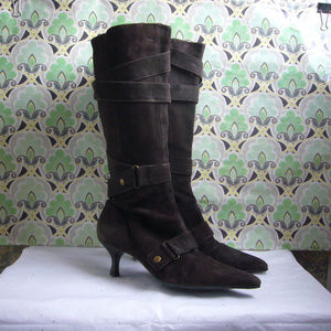 Kenneth Cole N.Y. Brown Suede Boot - Size 8M EUC!